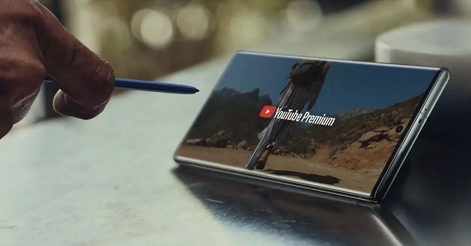 Samsung Galaxy Note 10+ 06