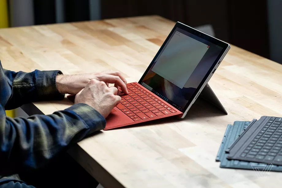 Surface Pro 7 03