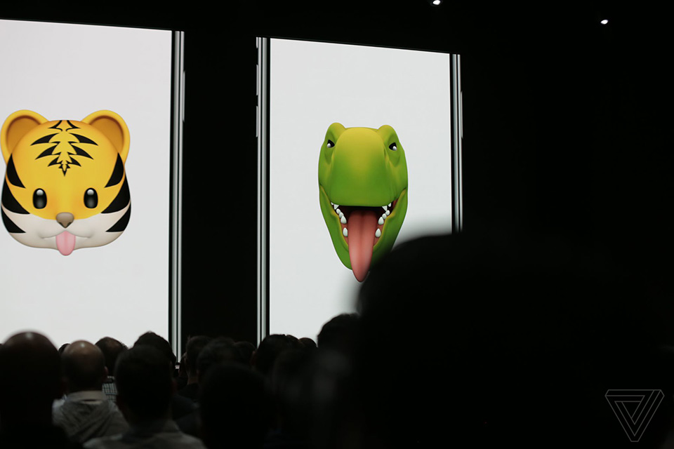 So sánh Samsung AR Emoji vs Apple Memoji 03