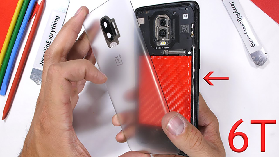 Mổ bụng OnePlus 6T