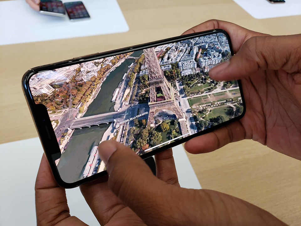 So sánh Galaxy Note 10 và iPhone XS (ảnh 5)